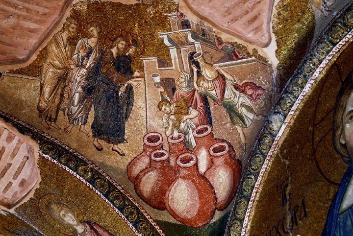 Ceiling mosaic of the water to wine miracle